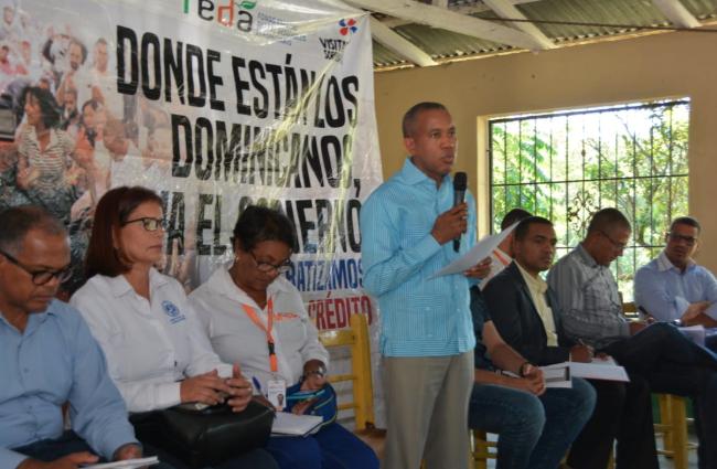 Feda coordina con productores Santiago Rodríguez entrega de más de RD$13 millones