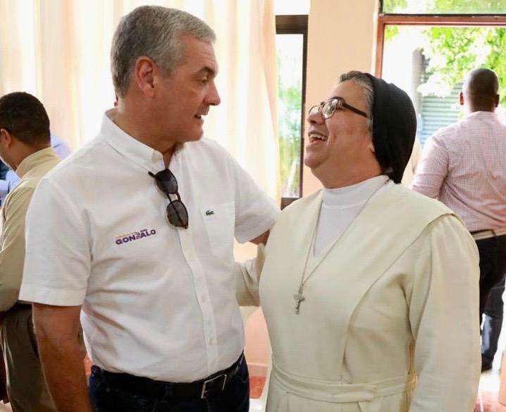 Gonzalo asegura trabajará junto a la sociedad para el bienestar del país