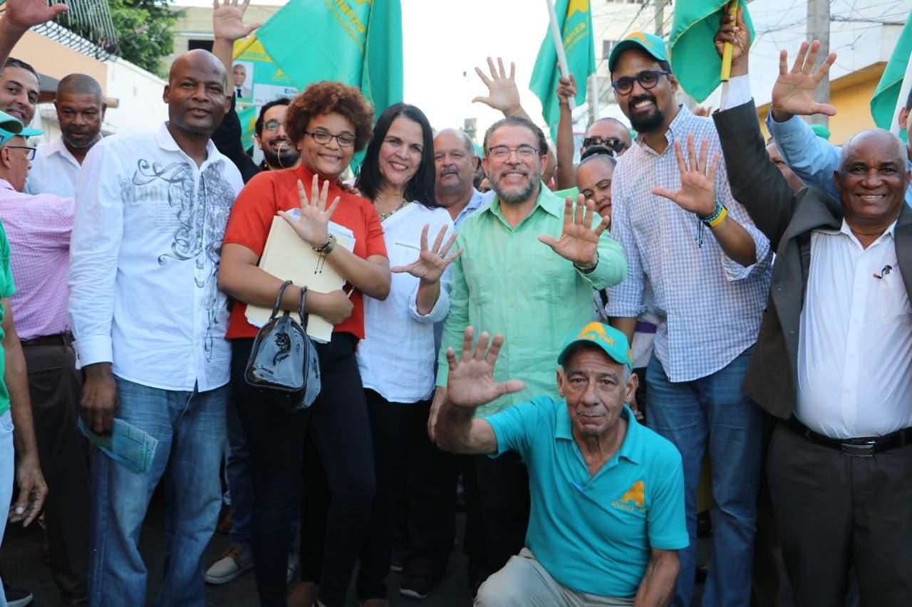 Conozca los candidatos de Alianza País en la provincia La Romana