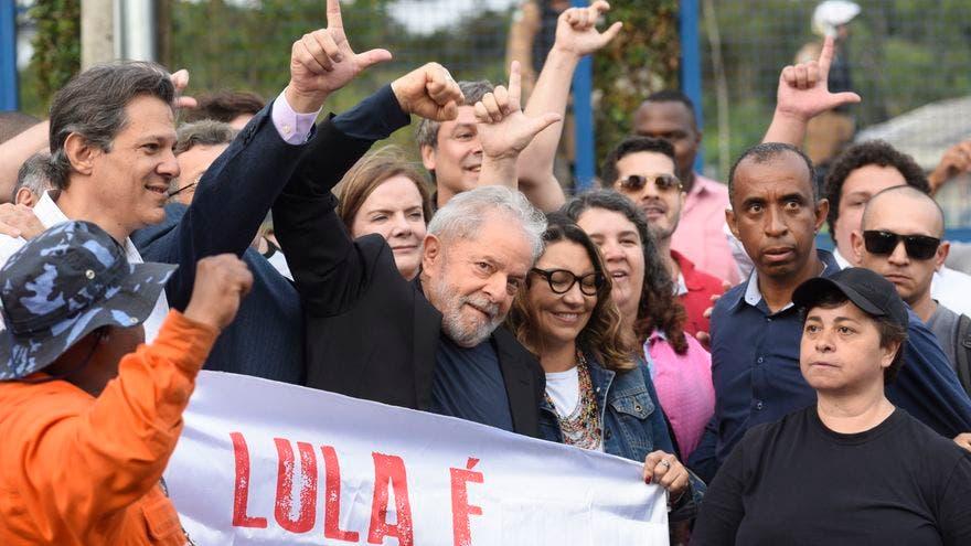 Libertad de Lula da Silva alienta a una debilitada izquierda y podría enojar a la derecha