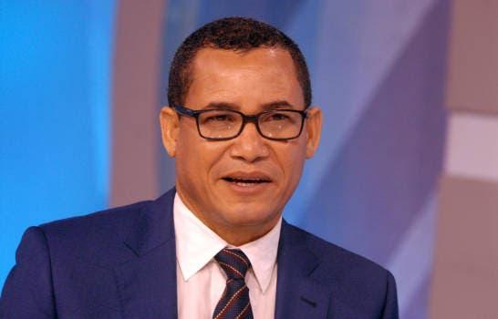 Eddy Olivares respalda Senado lo presida uno del PRM