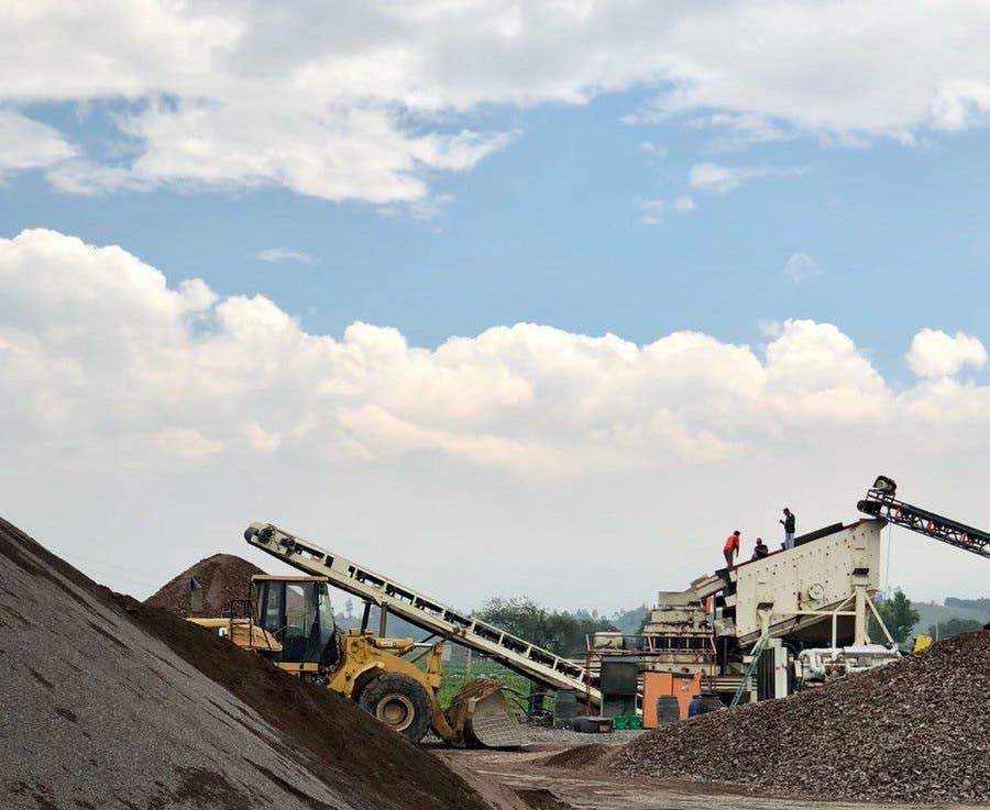 Cierran minas y aserraderos que operaban de manera clandestinas en diferentes lugares del país - Hoy Digital (República Dominicana)