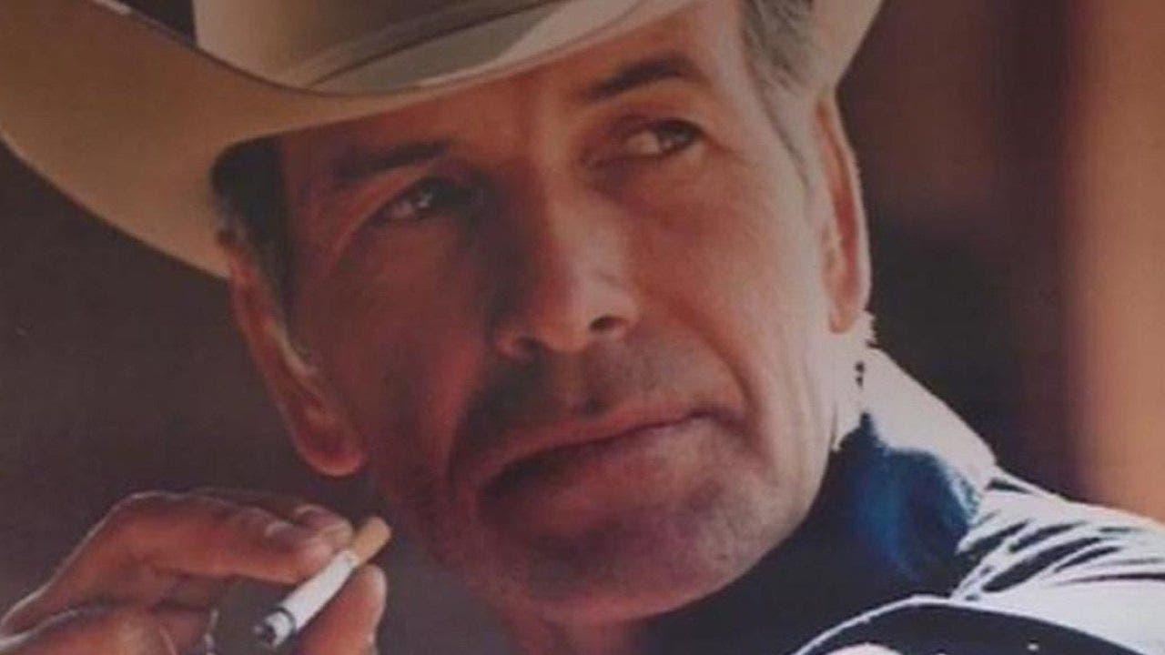 Muere a los 90 años Robert Norris, imagen de los cigarrillos Marlboro