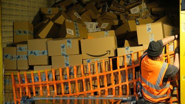 Black Friday: Trabajadores de Amazon realizan huelga en Alemania