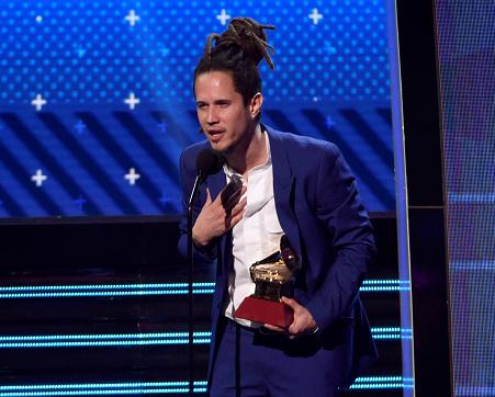 Vicente García vuelve a los Latin Grammy por más
