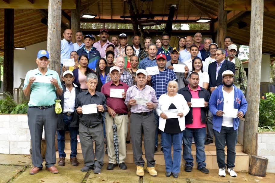 Entregan pagos por servicios ambientales en cuenca Yaque del Norte