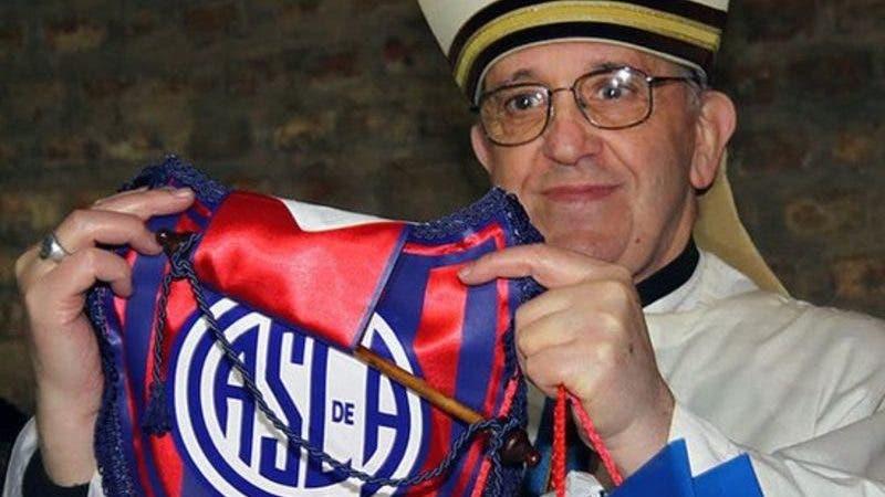 El argentino Jorge María Bergoglio se convirtió en el primer papa latinoamericano.
