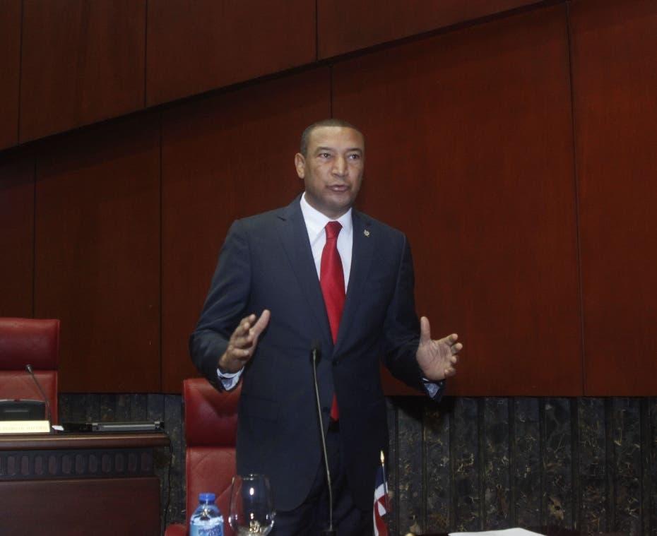 Senador anuncia; Llegó la hora de aprobar Código Penal
