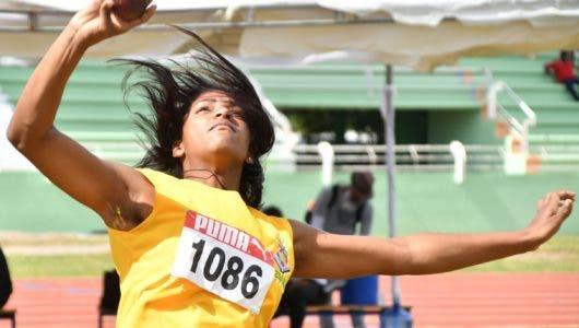 Franquel Pérez Estremeció pista al ganar oro en los 100 metros