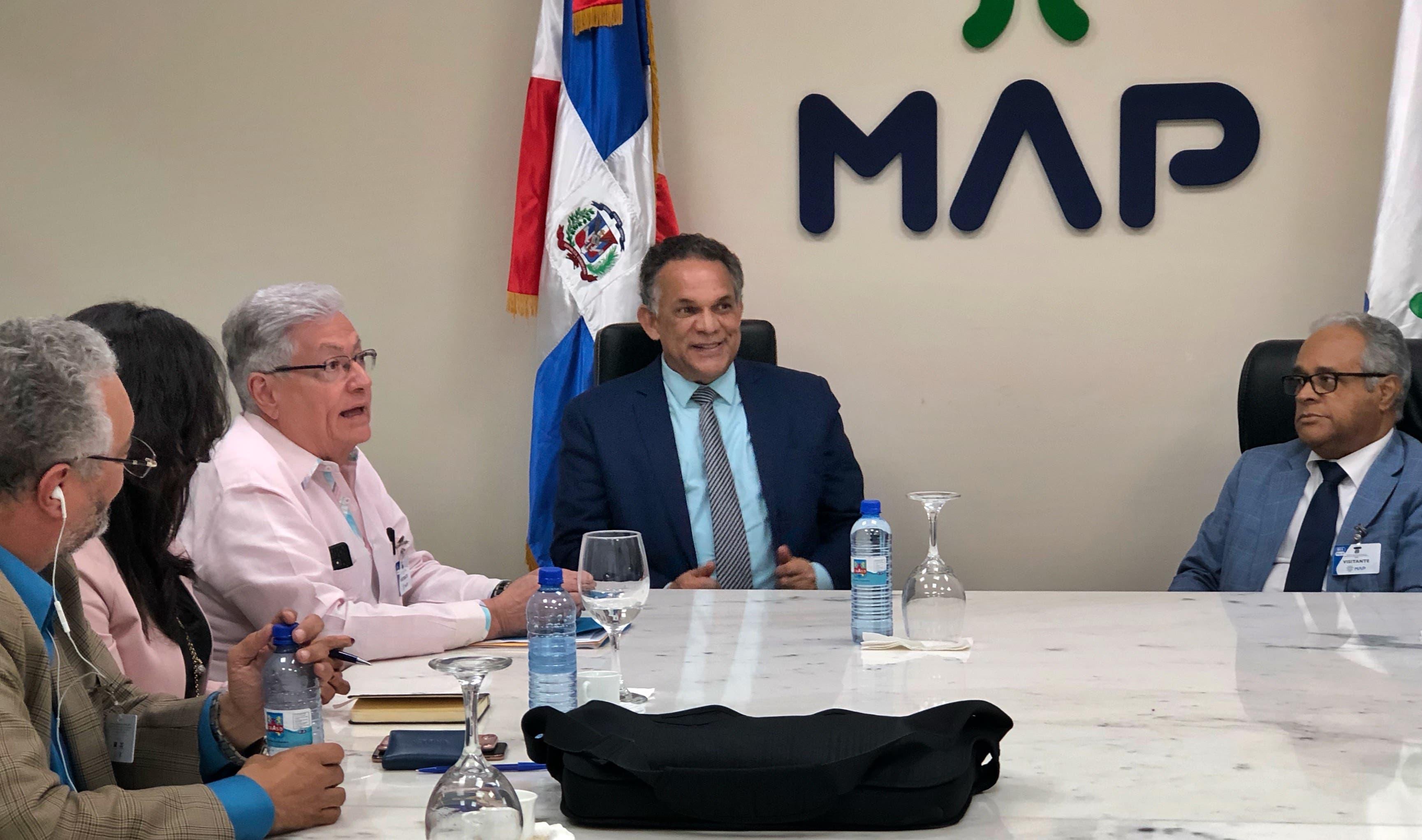 MAP y  Salud Pública alistan detalles para convenio de colaboración