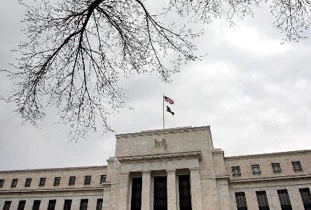 The US Federal Reserve building is seen 22 January 2008 in Washington, DC. The Fed cut its benchmark interest rate by three-quarters of a percentage point after two days of tumult in international markets due to fear of a recession in the United States.            AFP PHOTO/Chip Somodevilla/Getty Images                  FOR NEWSPAPERS, INTERNET, TELCOS AND TELEVISION USE ONLY