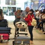 El pais.Reportaje sobre la llegada de los Dominicanos Ausentes en el Aeropuerto Internacional Jose Francisco Peña Gómez.Hoy/Pablo Matos    12-12-2019