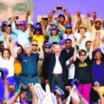 PRESIDENTE DANILO MEDINA Y GONZALO CASTILLO ENCABEZAN GRAN MARCHA CARAVANA Y JURAMENTAN CANDIDATOS MUNICIPALES EN SAN PEDRO DE MACORIS. FUENTE EXTERNA 08/12/2019