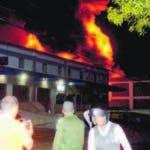 Pais/ El El sector de  la Caoba se observa un incendio enuna  Empresa de agroquimico , ,Hoy/Jose Francisco ,6-12-2019