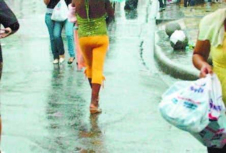 Habrá lluvias dispersas y tronadas