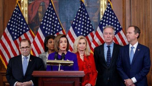 Acusan Trump de abuso de poder y obstruir Congreso