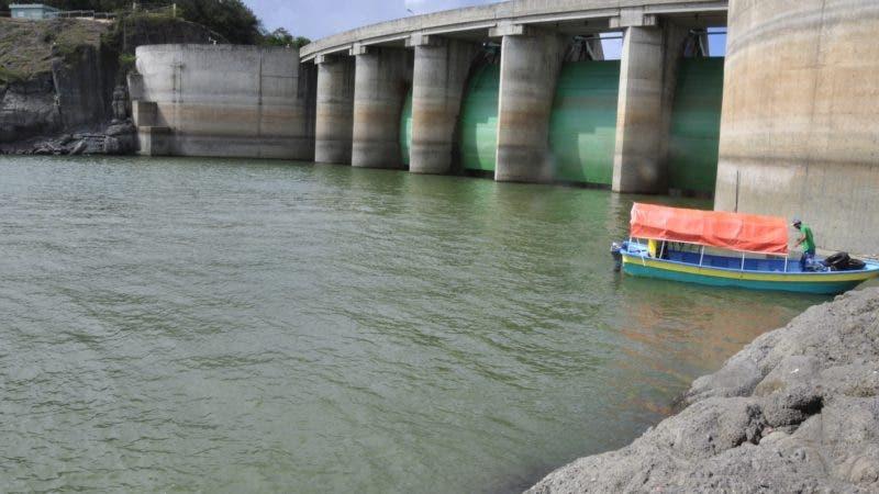 Así estaba la presa de Tavera ayer, lista para recibir un gran volumen de agua hasta la cota 14.