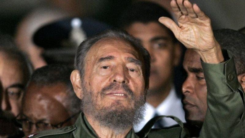 Castro sorteó las dificultades que surgieron tras el derrumbe del comunismo en Europa y mantuvo el poder en Cuba.