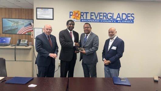 Autoridad Portuaria y Port Everglades de La Florida pactan ampliar comercio bilateral