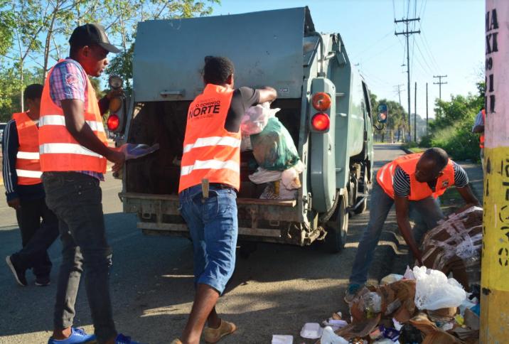 Alcaldía de Santo Domingo Norte inicia operativo de limpieza fin de año
