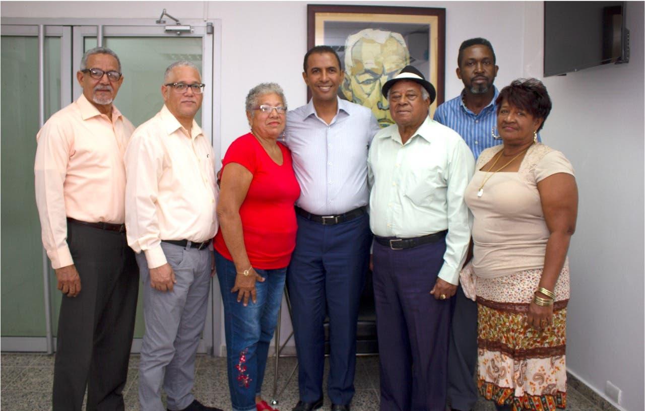 Domingo Contreras recibe respaldo de soneros con su iniciativa de crear la Casa del Son