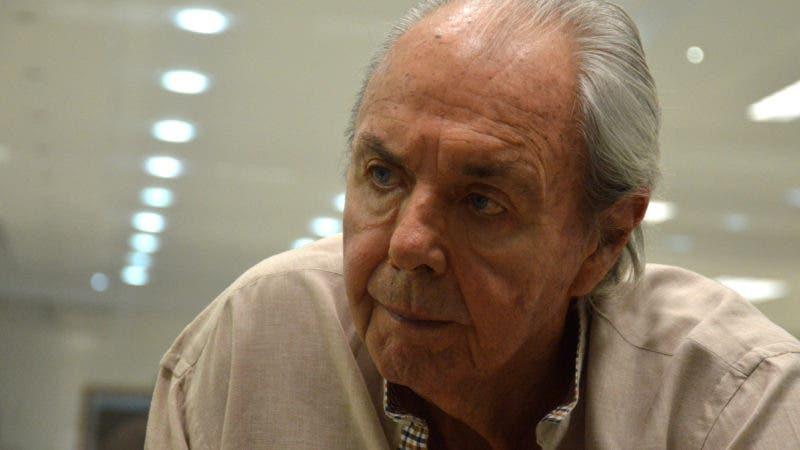 Entrevista al señor Humberto Reginato, durante una visita a la redacción del periódico Hoy. Foto/ Napoleón Marte.