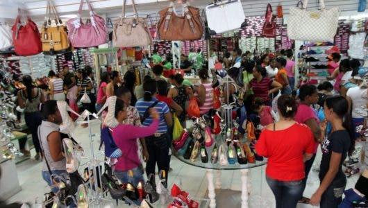 Video: Así están las ventas navideñas en los comercios