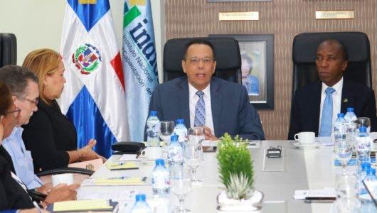 Peña Mirabal aboga por universalización de docentes en la Estrategia de Formación Continua Centrada en la Escuela para impactar estudiantes