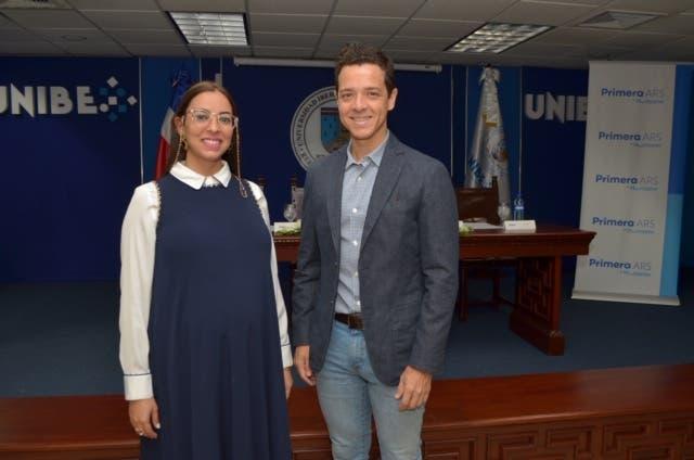 Maribel Olega y Felipe Vallejos