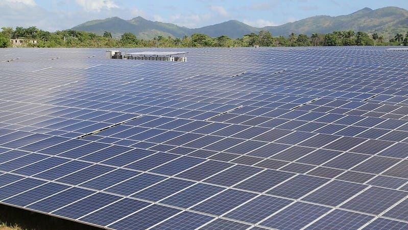 Tres años de paso firme en energía limpia para la República Dominicana