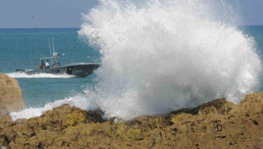 Rescatan al norte de Puerto de Rico a un francés y una estadounidense que salieron en catamarán desde RD a las Islas Vírgenes