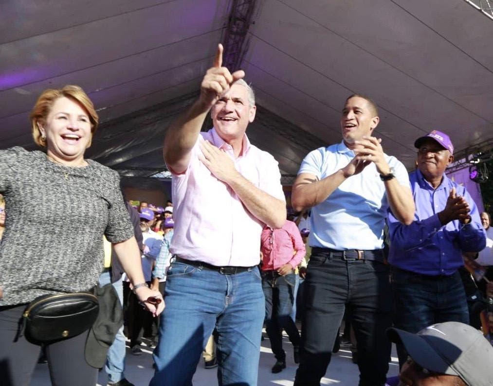 Gonzalo se compromete a dejar política «de falsedades»