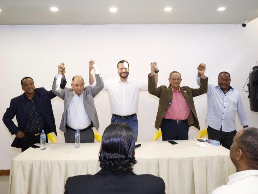 Conozca aquí los líderes sindicales que apoyan la candidatura de Rafael Paz
