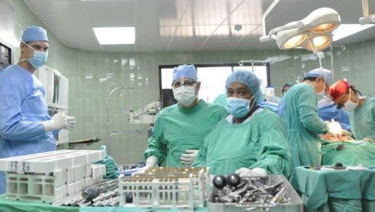 El 70% médicos especialistas está en la capital y las grandes ciudades