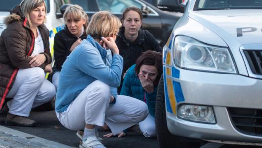 Seis personas mueren en un tiroteo en supermercado de EEUU