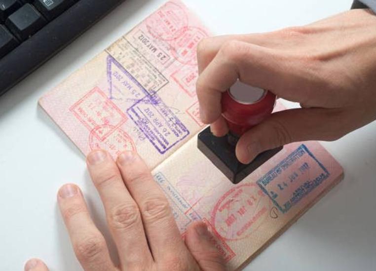 Reacción de venezolanos ante requisito de visa para entrar a República Dominicana