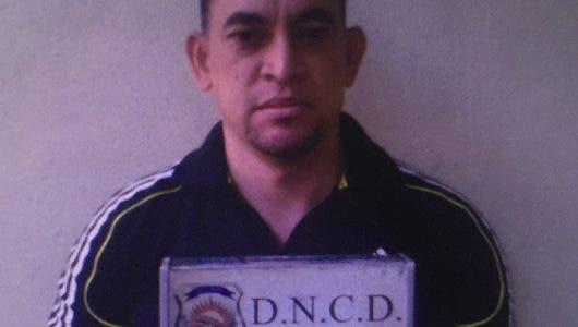 Colocan alerta migratoria contra exteniente de la Policía  acusado de ser cabecilla de red de narcotráfico