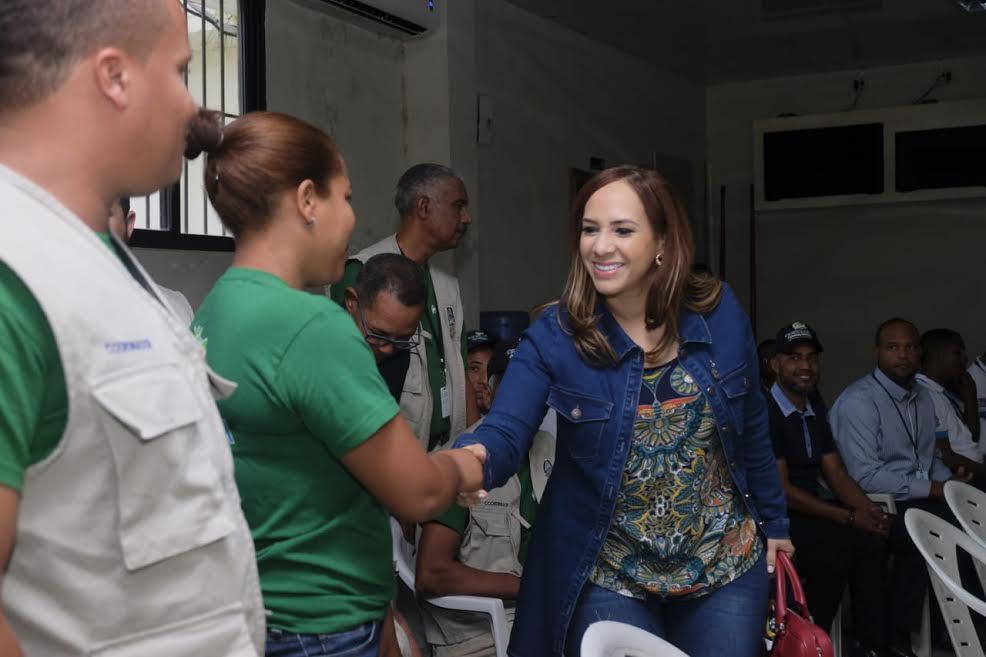 """""""En nuestra gestión cumpliremos la meta de declarar RD libre de analfabetismo"""", dice directora de la DIGEPEP"""