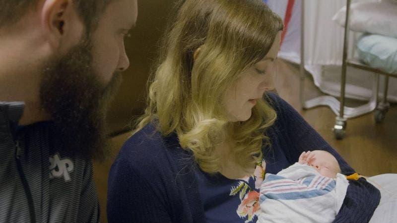 """Para Jennifer y su esposo, tener a su hijo ha sido """"un milagro""""."""