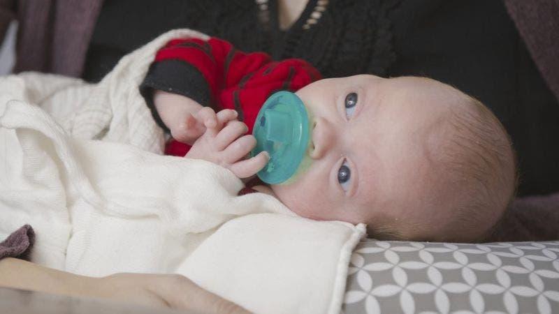 El bebé nació por cesárea el pasado mes de noviembre.