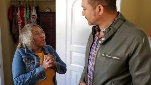 Frank Reyes entrega segunda casa en Navarrete