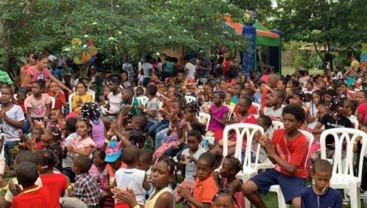 Caribex Worldwide entrega juguetes a más de 500 niños de escasos recursos