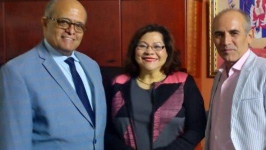 Dr. José Silié Ruiz dicta conferencia