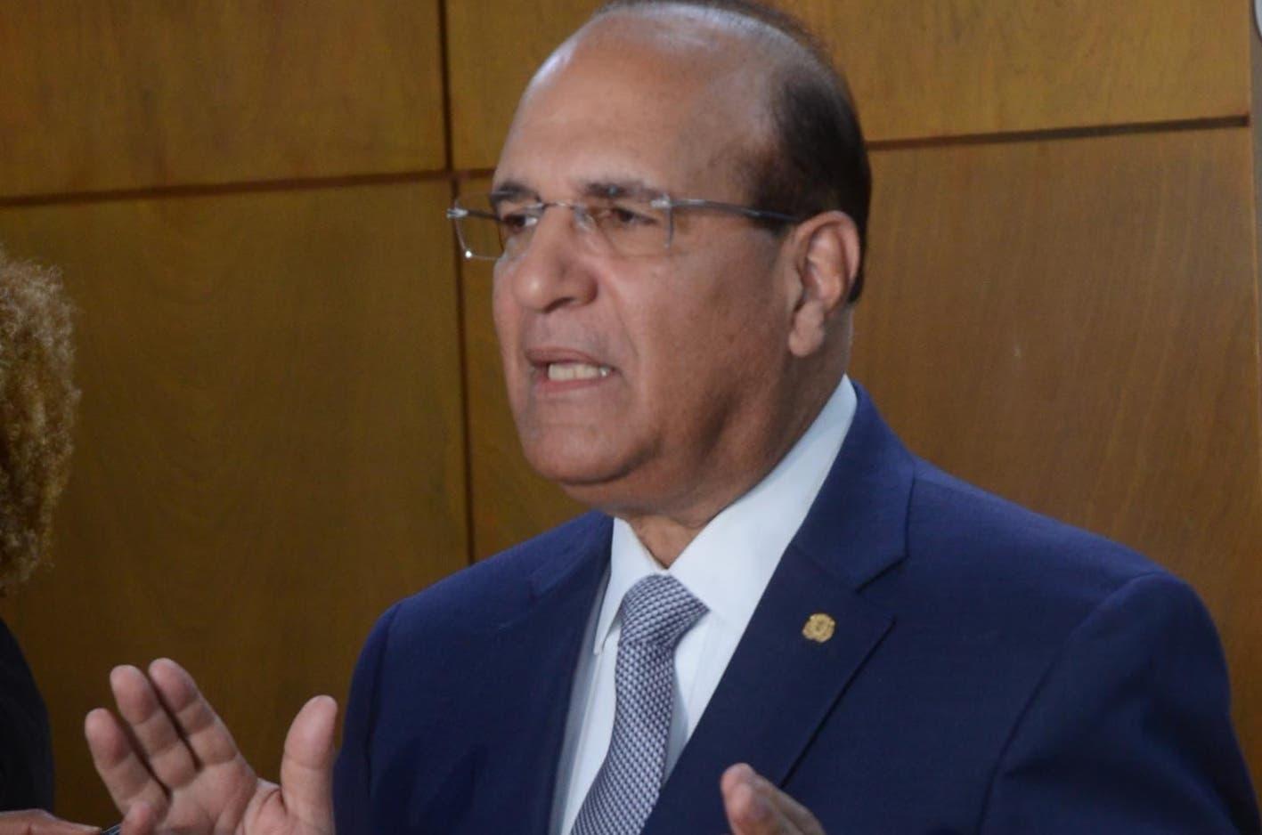 Esto dice el presidente de la JCE sobre anuncio de Leonel Fernández de que incorporará exmilitares y expolicías para vigilar mesas electorales