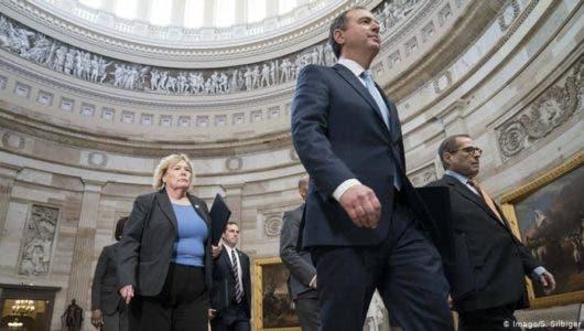 Senado de Estados Unidos comienza  juicio político contra Donald Trump por sus presiones a Ucrania
