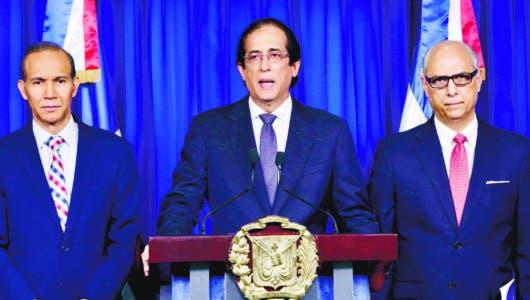 Presidente detiene proyecto hotelero en área protegida