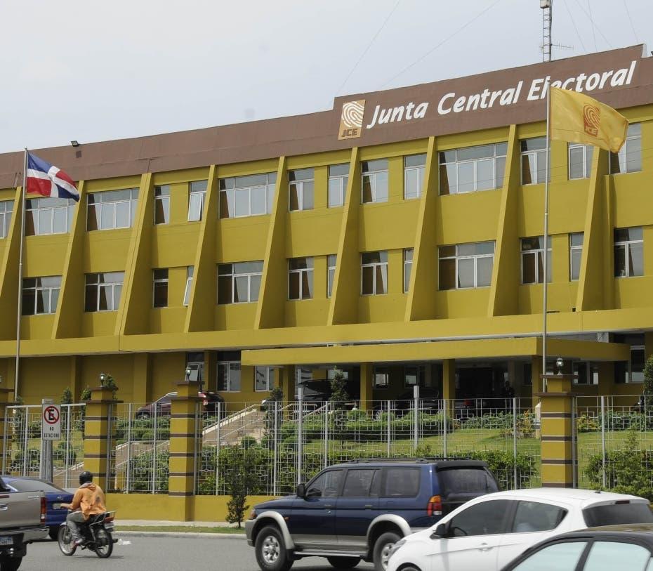 La decisión de la JCE sobre solicitud de prórroga de plazo de presentación de propuestas de candidaturas congresuales y presidencial