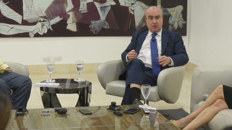 Almuerzo Corripio con la participación del Secretario General de la OEI. Sr. Mariano Jabonero. Hoy Arismendy Lora