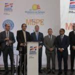 Ministro de la Presidencia Gustavo Montalvo junto a otros funcionarios, presenta plan de desarrollo turistico de Pedernales.   Hoy/Fuente Externa 16/01/20