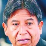"""AME2888. CARACAS (VENEZUELA), 17/01/2020.- Fotografía de archivo del 22 de mayo de 2018, del excanciller boliviano David Choquehuanca durante un acto del Gobierno venezolano, en Caracas (Venezuela). Los sectores sociales que forman parte del Movimiento al Socialismo (MAS) de Evo Morales decidieron proponer a Choquehuanca como candidato a la Presidencia y al joven líder cocalero Andrónico Rodríguez para la Vicepresidencia. Esta determinación la acordó el Pacto de Unidad, una instancia que reúne a distintos sectores indígenas y campesinos afines al MAS, que """"ha definido"""" los nombres de Choquehuanca y Rodríguez para presentarlos a Evo Morales, aseguró este viernes a los medios la legisladora por este partido y presidenta del Senado, Eva Copa. EFE/ Miguel Gutiérrez ARCHIVO"""